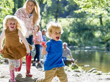 Family Fun Days on the Lough Derg Blueway Image