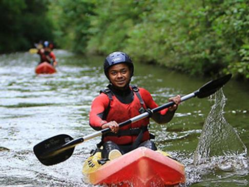 6 Reasons To Take Up Canoeing  image